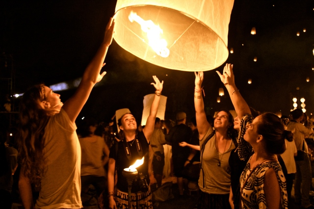 Releasing our khom loi (floating lantern) into the sky.