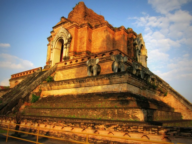 My favorite temple, Wat Chedi Luang, discovered on my very first day of wandering the city.